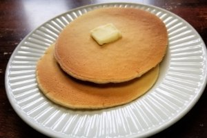 short stack of easy vanilla pancakes